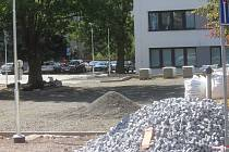 Rekonstrukce parkoviště u městského úřadu.
