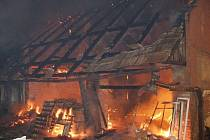 Požár domu v Břísťanech.