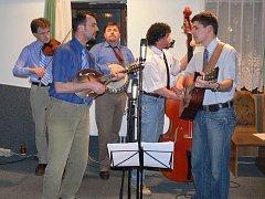 Bluegrassová skupina Black Jack.