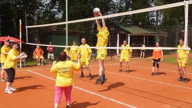 DŘEVĚNICE tentokrát patřila přehazované. Konalo se zde Národní finále  sportovců se zdravotním postižením.