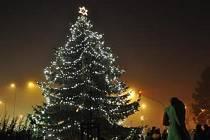 V Pace mají rozsvícení stromu spojené i s ohňostrojem.