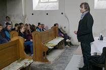 Richard Pachman v hořické synagoze.
