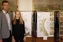 Architekti Klára Novotná a Jiří Neuvirt představili vítězný návrh z architektonické soutěže.