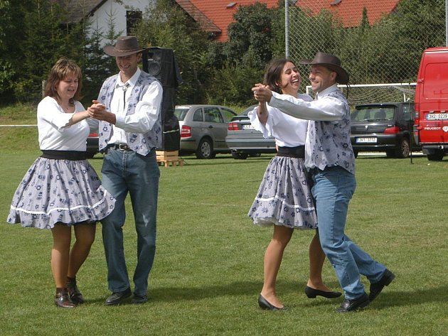 Jičínská taneční skupina Karolína.
