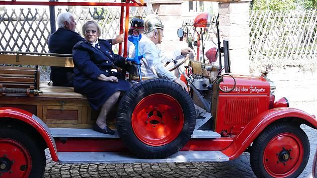 V sobotu 12. září uspořádali železničtí hasiči velice dobře zajištěnou a důstojnou oslavu 135 výročí založení své organizace.