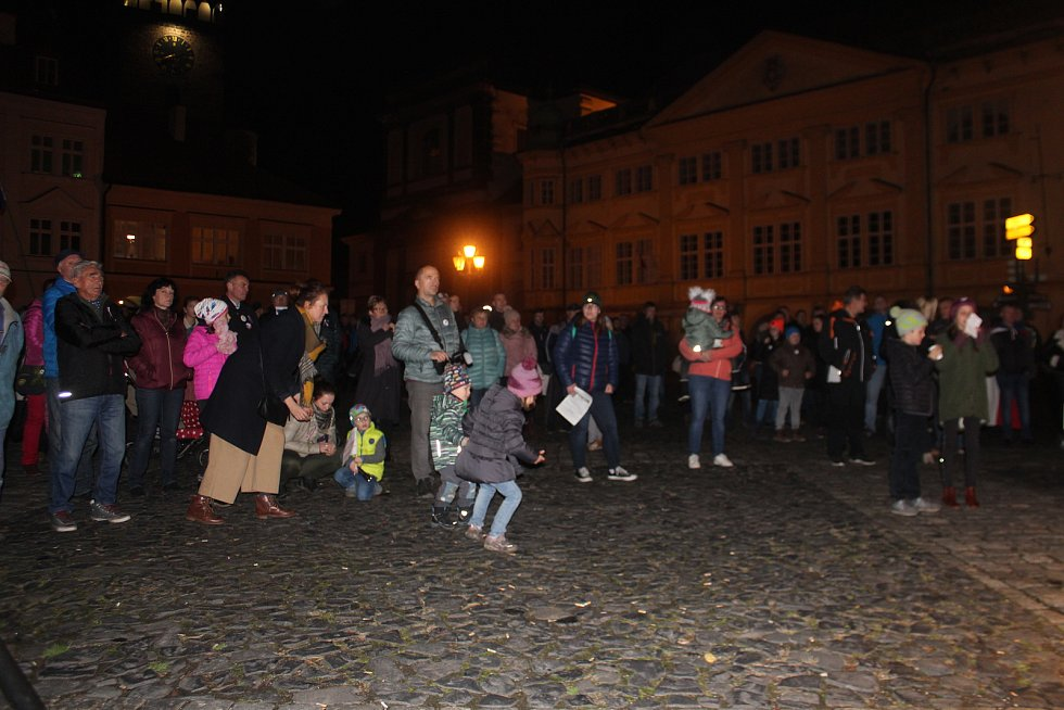 Třicet let od Sametové revoluce, oslavy v Jičíně na Valdštejnově náměstí.