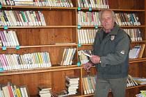 Knihovna v Třebnouševsi.