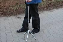 Vícebodová hůl - vhodná opora pro handicapované.