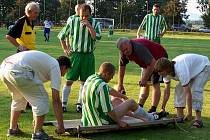 Zranění kotníku k fotbalu patří.