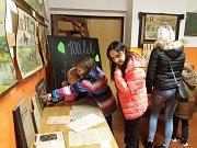 Výstava na ZŠ a MŠ Daliborka připomněla 100 let republiky