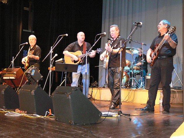 Rangers Band při vystoupení v Nové Pace.