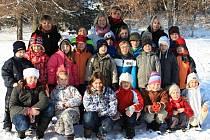 Žáci chodovické školy.