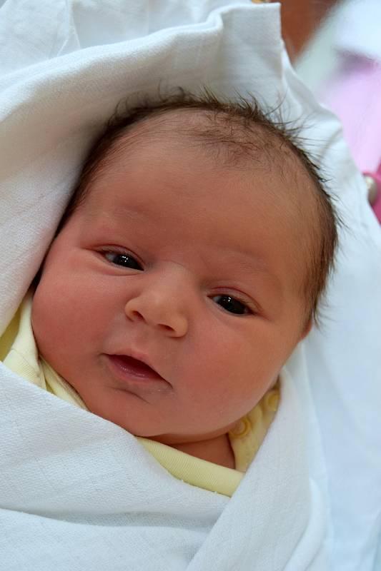 Melissa Samková je z Lomnice nad Popelkou a svým příchodem na svět udělala obrovskou radost manželům Marii a Dominikovi. Holčička se narodila 21. září 2021, vážila 3530 g a měřila 49 cm. Doma má dvouletého brášku Dominička.