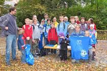 Novopačtí školáci uklidili přírodní park Sýkornice.