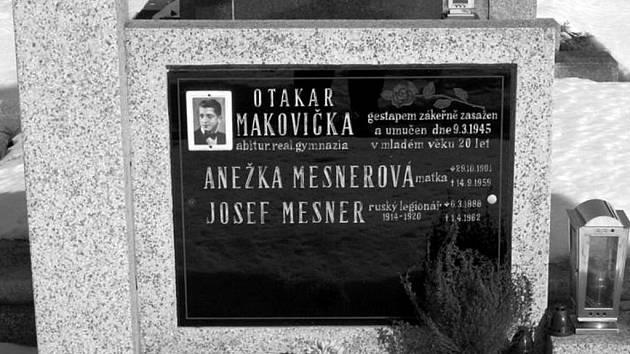 Hrob Otakara Makovičky.