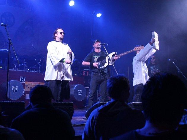 Z koncertu kapely Horkýže Slíže.