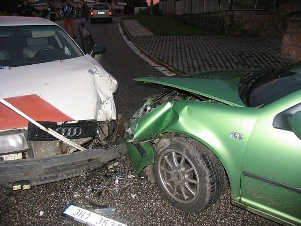 Nehoda v Nové Pace.
