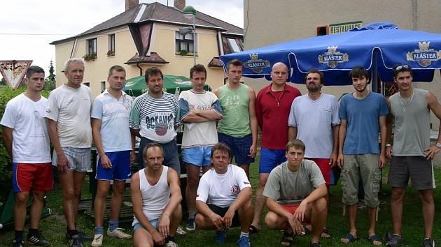 Nejúspěšnější nohejbalové týmy, které podaly své výkony v Dolním Bousově.