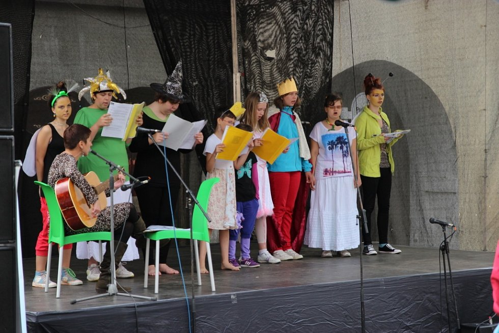 Z jičínského pohádkového festivalu.