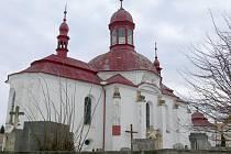 Slatinský kostel Nanebevzetí Panny Marie.