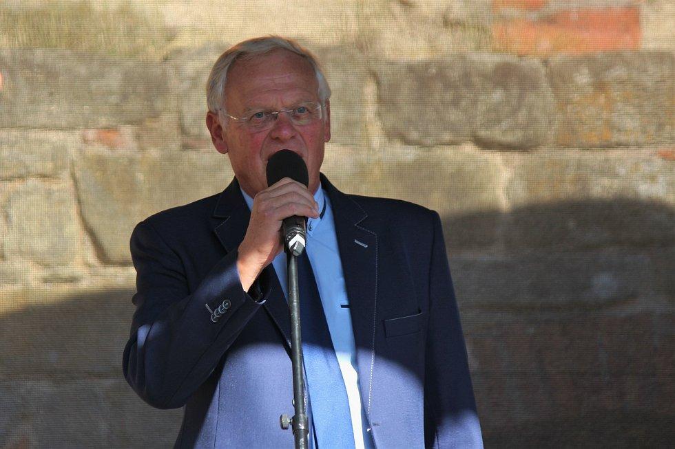 Starosta Jičína Jan Malý.
