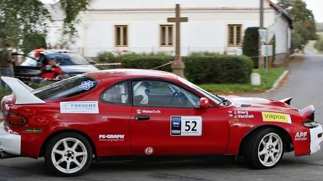 Posádka Vaníček - Starý na trati Rally Humpolec 2014.