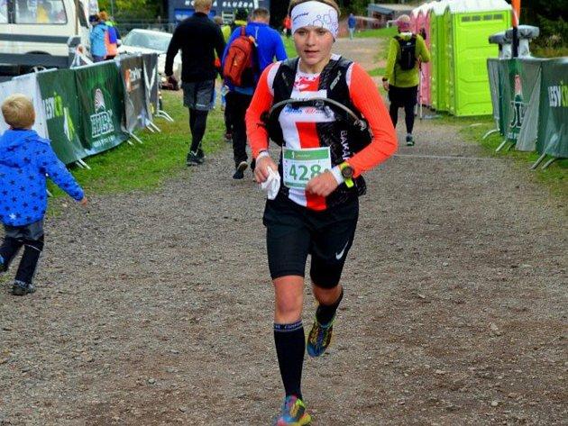 Jana Mikešová na ultramaratonu Zapomenuté hory.