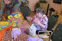 Senioři v Domově důchodců v Mlázovicích jsou aktivní.