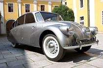 Automobil Tatra 87 cestovatelů Zikmunda a Havelky.