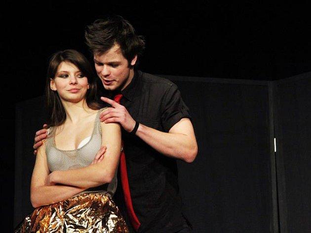 Představení Láska, vole mohli diváci vidět na studentském festivalu JID 2013.