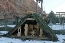 Betlém Jana Kužela před jeho domem v Dobré Vodě.