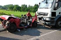 Tragická dopravní nehoda u Bartoušova.