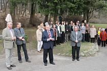 V Jičíně pod Čeřovkou byla slavnostně odhalena busta J.B. Foerstera