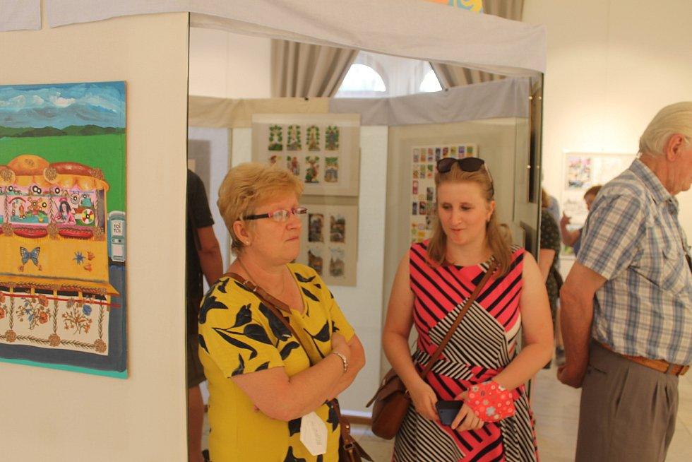 Výstava bude v Suchardově domě ke zhlédnutí do konce srpna.