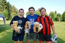 Vítězný tým Santa Paulo - zleva Michal Folprecht, Ivoš Volman a Robert Odler, se radoval z pěkných cen.