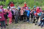 Výlet dětí valdické mateřinky do Prachovských skal.