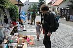 Bleší trh v Jičíně Pod Koštofránkem.