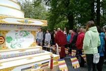 Mniši pozvali žáky a studenty z Hořic