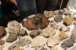 Výstava drahých kamenů v jičínském Masarykově divadle.
