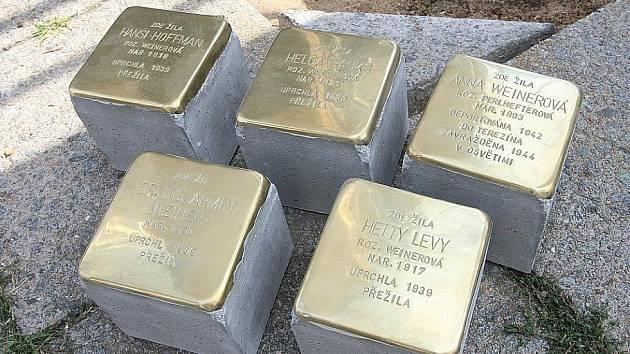 Kameny zmizelých budou připomínat osud rodiny Steinerových.