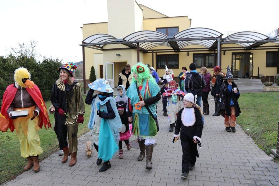 Masopustní oslavy v Mlázovicích.