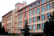 Bělohradská Základní škola Karla Václava Raise.