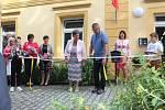 Po dvou letech je dokončena rekonstrukce Základní školy v Libuni, která se v sobotu v nové podobě ukázala veřejnosti. V úterý sem nastoupí školáci a učitelé.