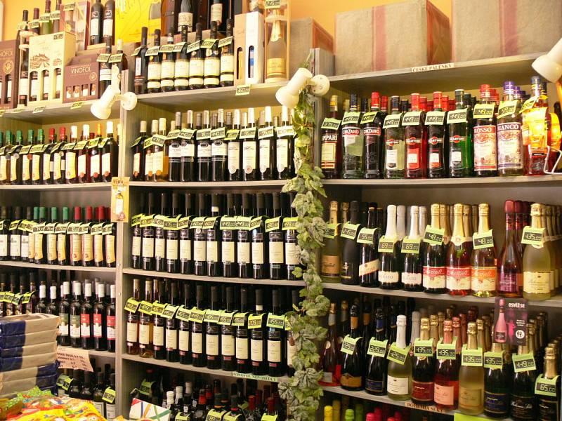 Omezený prodej alkoholu - pouze víno a likéry.