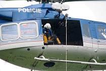 Z cvičení leteckých záchranářů.