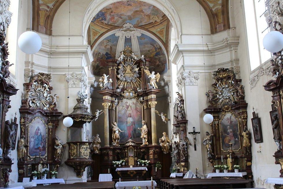 Barokní kostel sv. Václava.