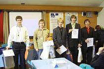 Novopačtí studenti v soutěží Enersol EVVO 2010.