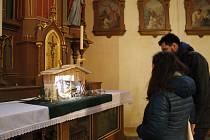 Zajděte se podívat do nejstaršího jičínského kostela na výstavu betlémů.