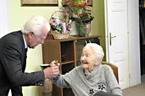 Oslava 107. narozenin Marie Fišerové.