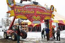 Z národního cirkusu Originál Berousek.